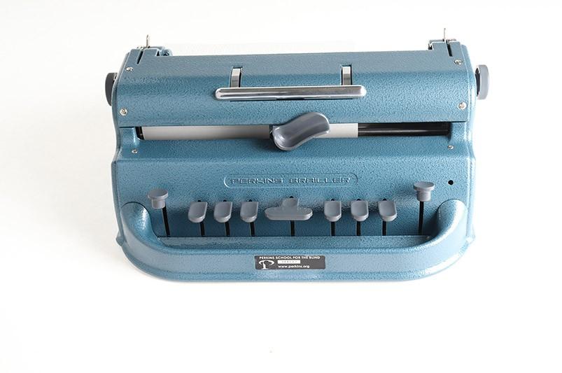 Braille typemachines-print machines