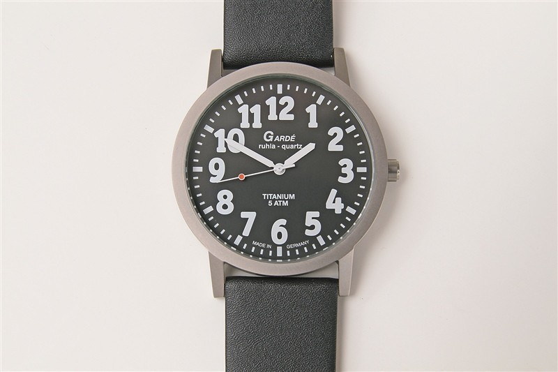 Gent's watches partially sighted