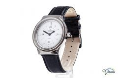 Montiel Swiss watch, anti-allergic case marked with dots and white face of 29 mm.